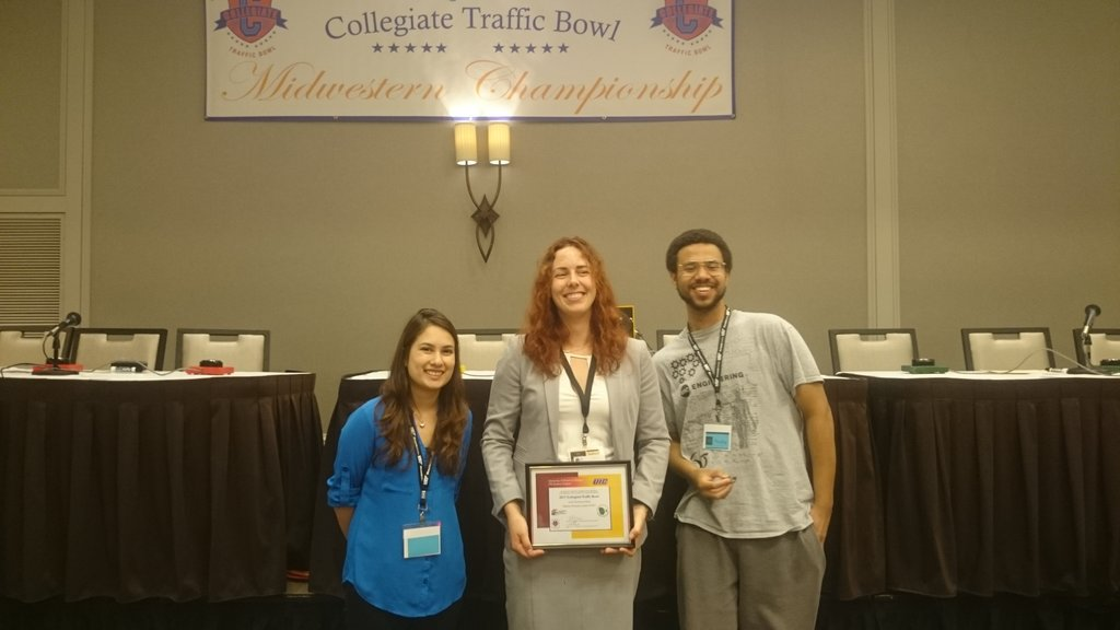 UIC ITE Team at the MWITE Traffic Bowl 2017